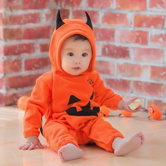 Costume de Halloween pour petit enfant