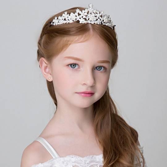 Little girl tiara for ceremonies
