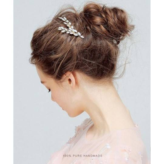 Hairpin for ceremonies